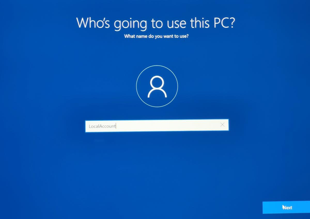 Windows 10 users fume: Microsoft, where's our'local account' option gone?