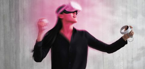 """Oculus Quest 2 VR face liners recalled by Facebook over """"rashes and hives"""""""